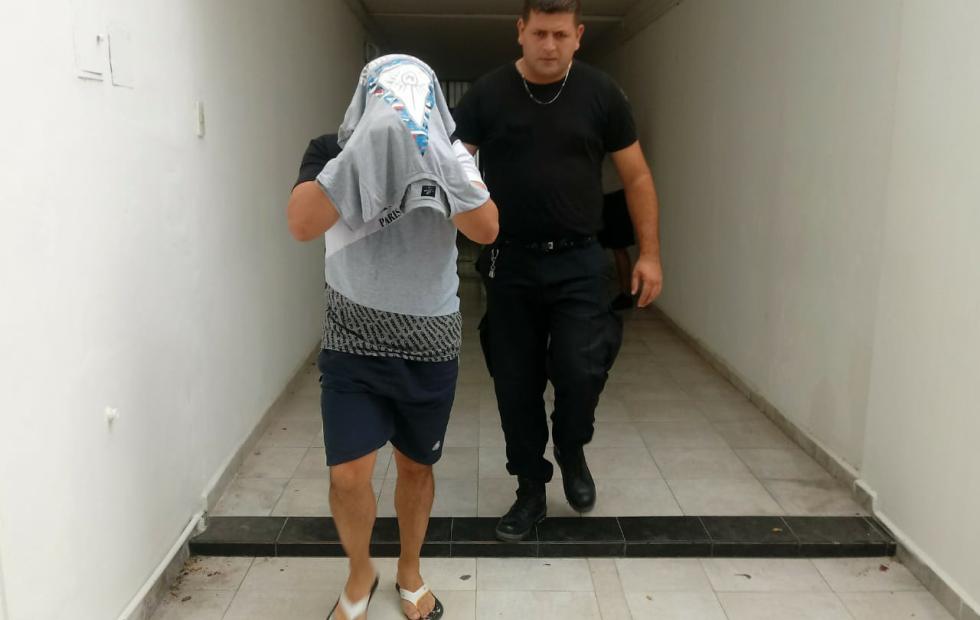 Marcos Aguilar preso por 45 días luego que violó la perimetral contra su ex pareja por violencia de género. Es inminente una 2a condena, ahora por no acatar orden judicial y coacción.