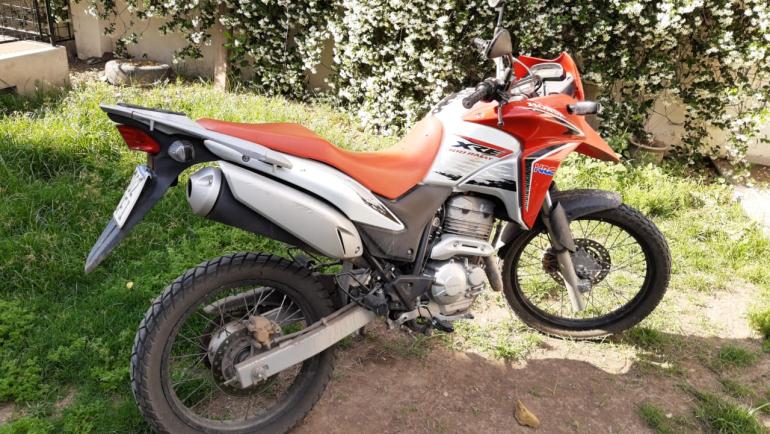 Marcelo De Greff moto Honda XR 300 secuestrada.jpeg