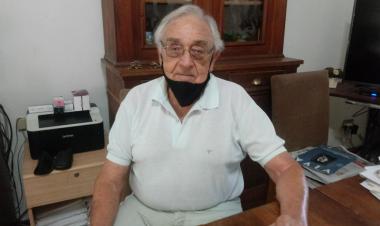 Carlos Fabrissin en su casa el 26 febrero 2021.jpeg