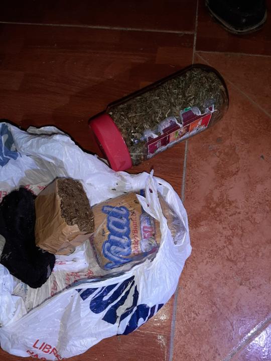 secuestraron drogas y detuvieron a Espinosa en Vera 13 abril 2021 B.jpeg