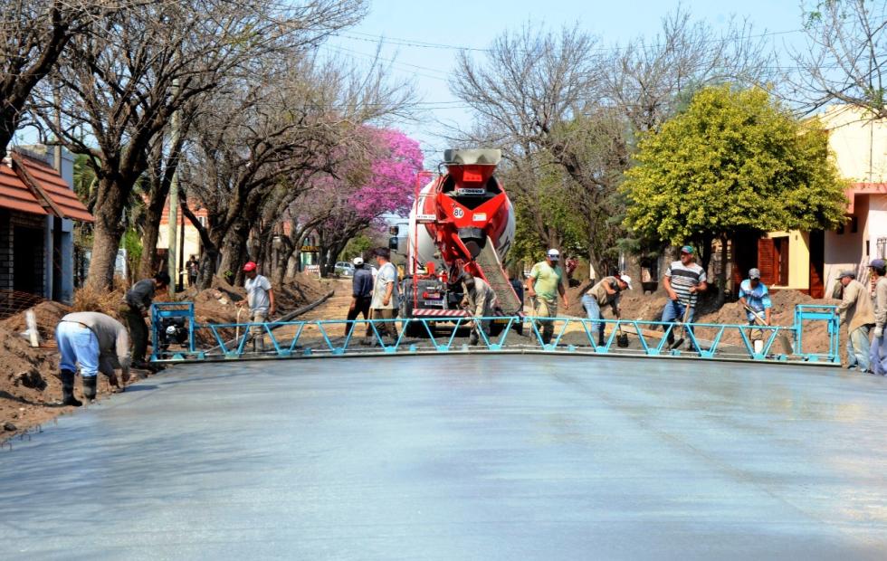 Pavimentaron otra calle en Reconquista