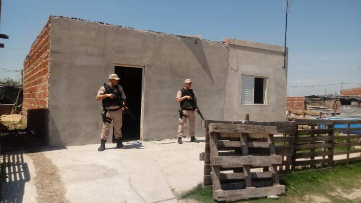 allanamientos barrio la cortada2.jpg