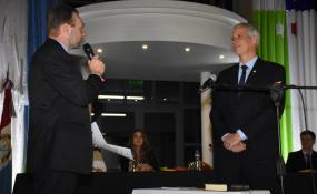 Dionisio Scarpín comenzó su tercer mandato como intendente con gabinete renovado y asumieron los 3 nuevos concejales de Avellaneda.  Discursos.