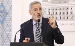 """""""No vamos a ser cómplices de ningún tipo de criminalidad"""", dijo el Ministro de Seguridad quien además confirmó a Víctor Sarnaglia, como jefe de la Policía de la provincia de Santa Fe."""