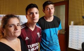El papá biológico, la abuela materna y el tío materno del niño de 10 años visitaron ReconquistaHOY para contar su versión de los hechos.