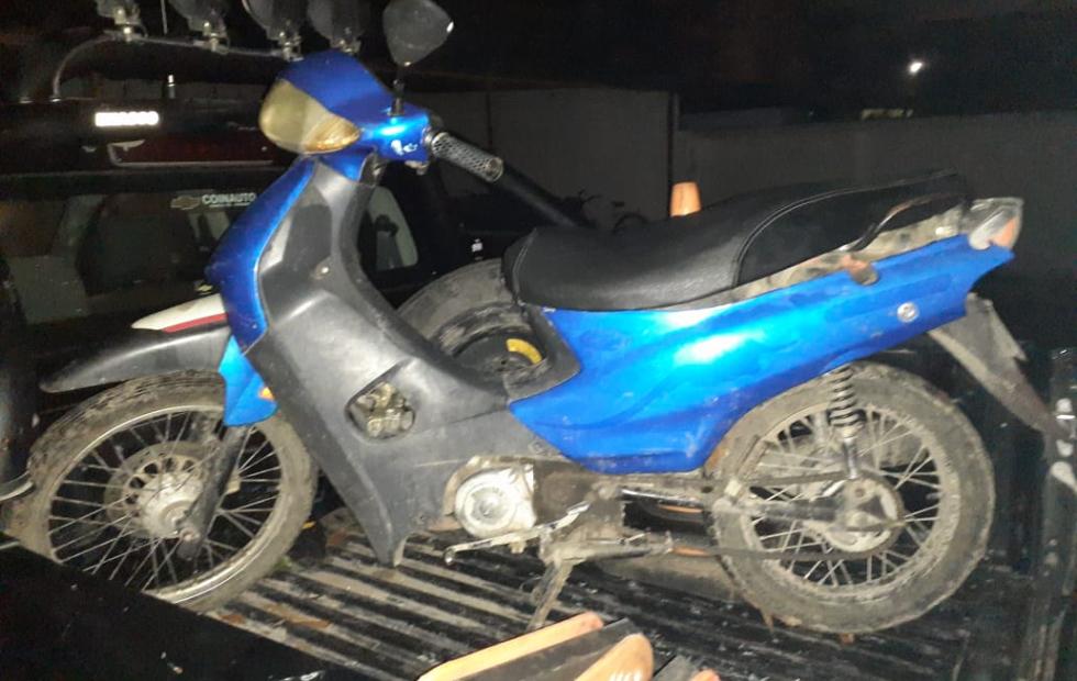 Encontraron moto que tenía pedido de secuestro desde hace más de un año y... quien la reclamó quedó aprehendido.