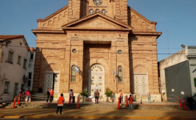 La provincia habilita las actividades religiosas individuales en iglesias, templos y locales de culto. Aquí el decreto completo.