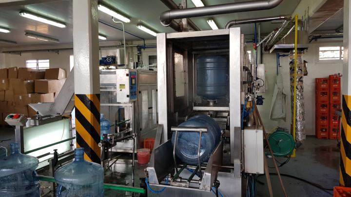 20200619_154724 fabrica de agua cristal.jpg