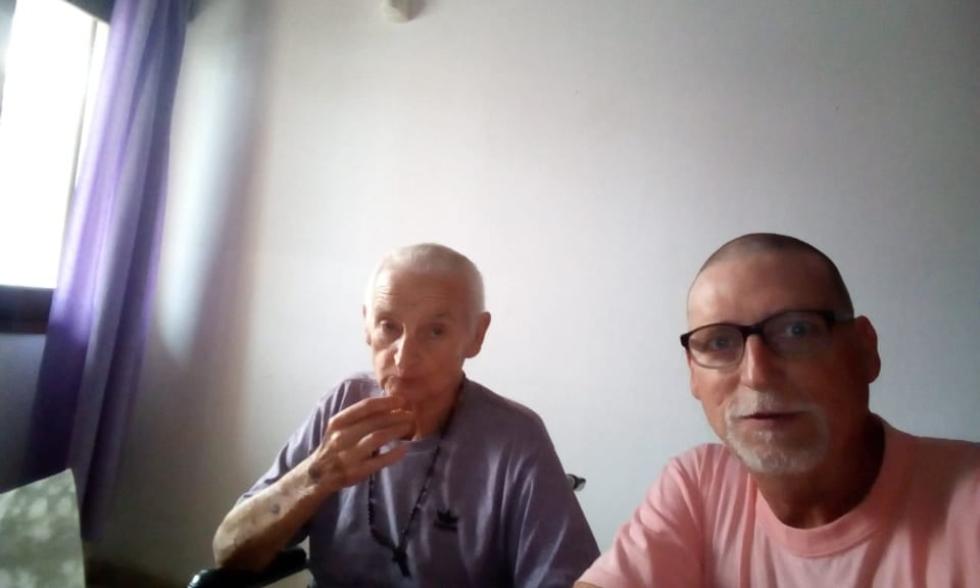Raúl Carignan con su hijo.jpg