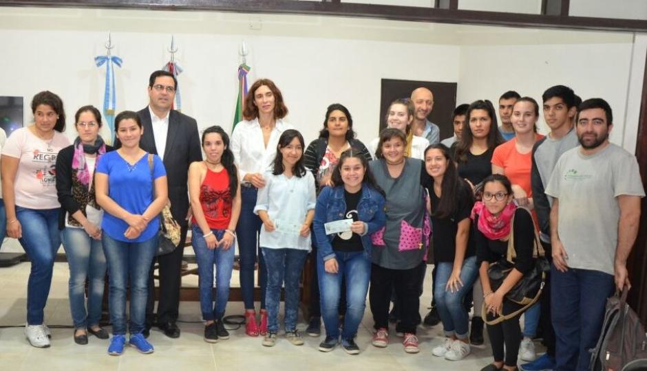 Hoy jueves finaliza la inscripción al Programa de Becas Estudiantiles Municipales.