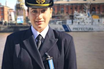 Lucía Quintana prefectura.jpg