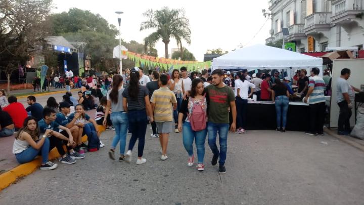 18052019 plaza festejo cumple reconq.jpg