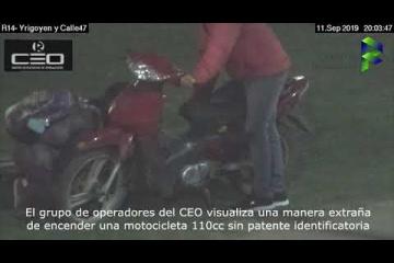 Monitoreo municipal y policía recuperan una moto robada en minutos.