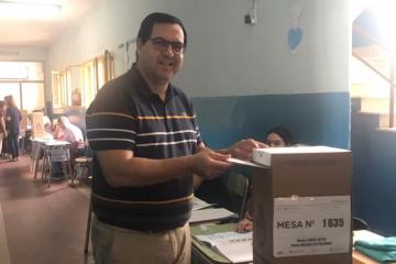 27102019 elecciones Enri Vallejos votó.jfif