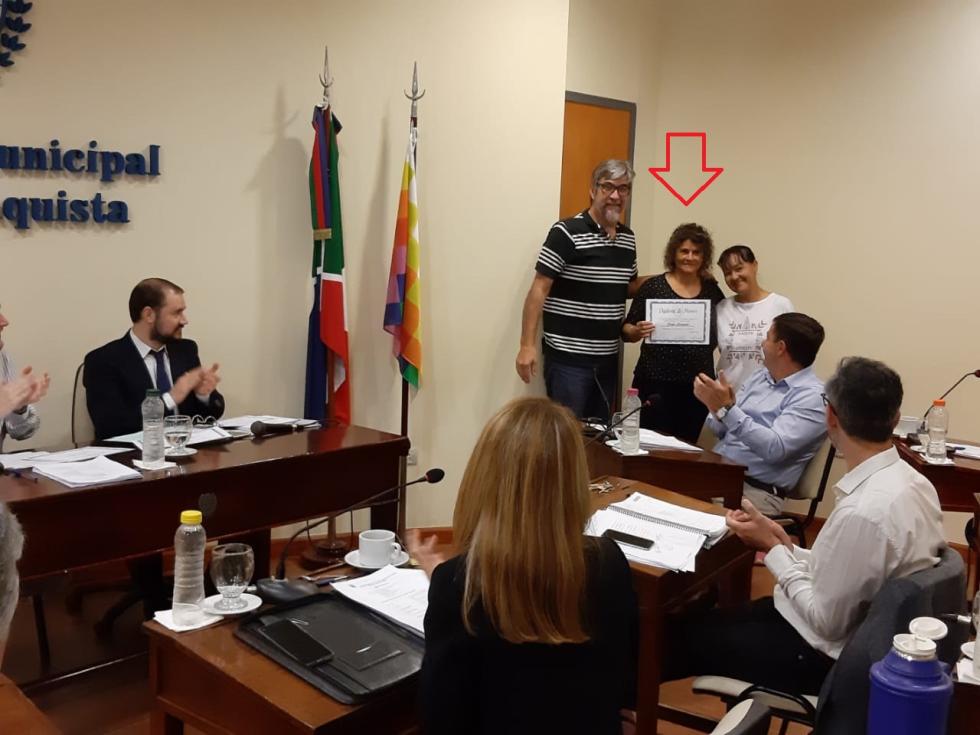 Sandra Antolín en el concejo.jfif