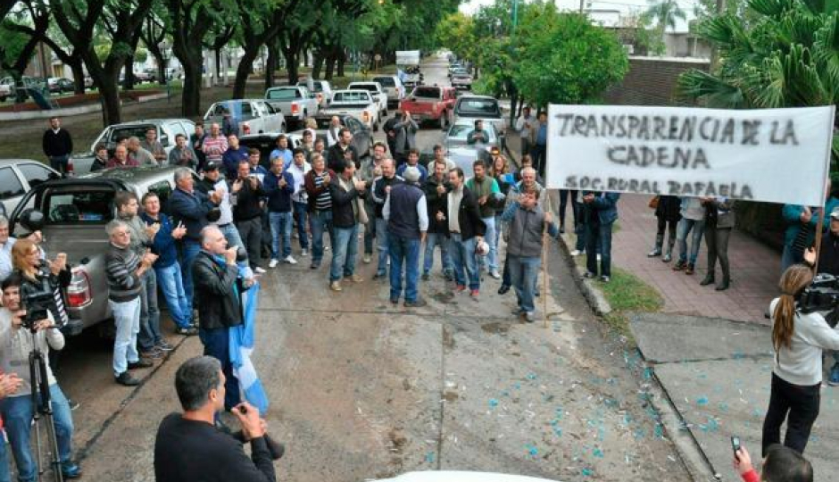 Carsfe manifestó su apoyo a manifestación de productores tamberos, aquí el comunicado del órgano gremial