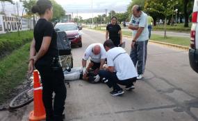 Transitaba en bicicleta y se desvaneció, debió ser trasladado de urgencia al hospital.