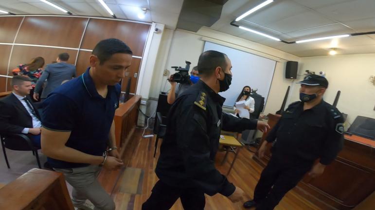 03082020 Juan Valdez ya condenado esposado.jpg