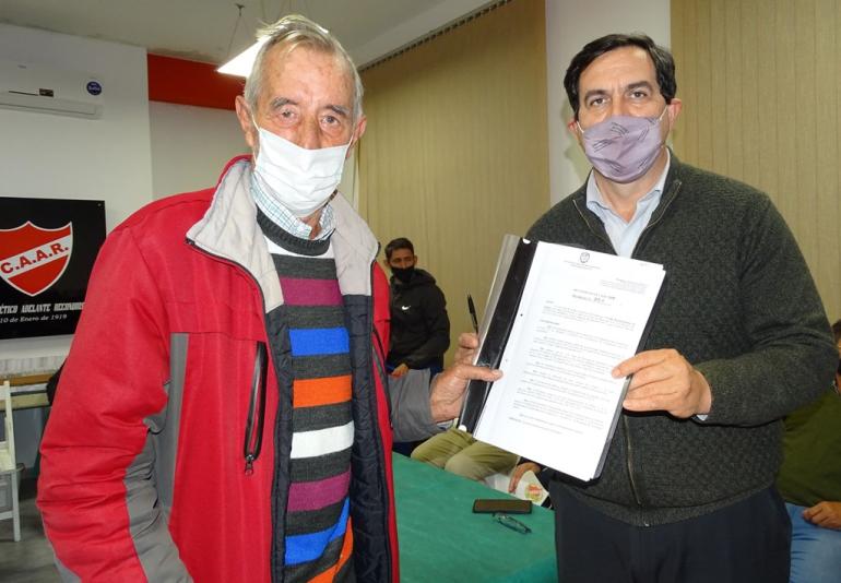 Miguel Visentín y Amadeo Vallejos.