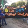 Docentes de paro se concentran frente a la Región II de Educación en Reconquista. Varias imágenes.