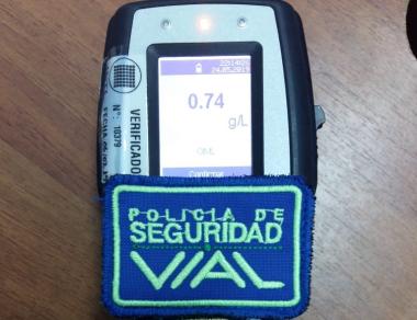 Licencia retenida por conductor alcoholizado.