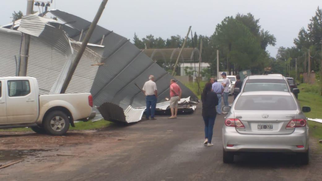15122019 temporal destrozos parque industrial Avellaneda G.jpeg