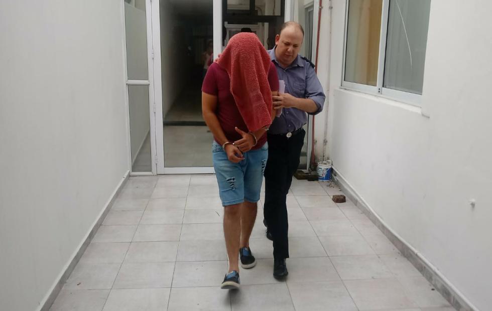 Detuvieron a un joven de Moussy, lo imputaron por abusar de una nena de 3 años y lo dejaron preso.