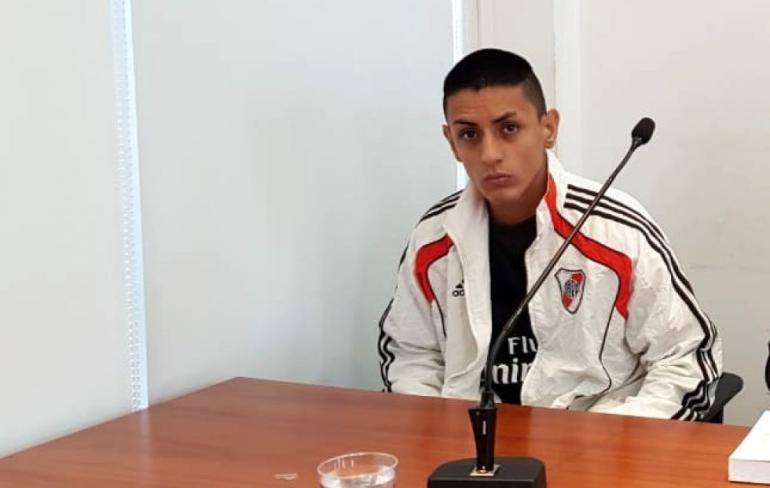 Lucas Aquino, 21.