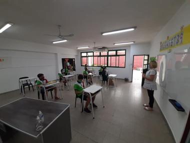 3 dic 2020 vuelta a la Escuela Dante Alighieri aula b.jpg