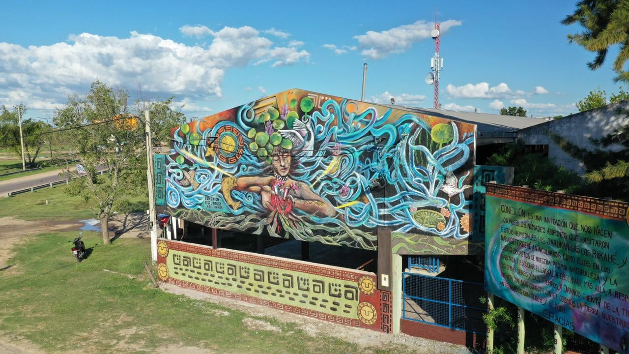 mural puerto reconquista.jpg