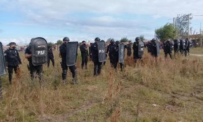 Instituciones y empresas de Reconquista y Avellaneda rechazan la metodología de usurpación de terrenos.