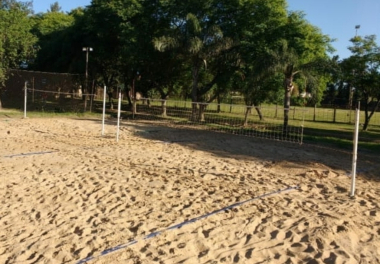 1° TORNEO DE BEACH VOLLEY (2).jpg