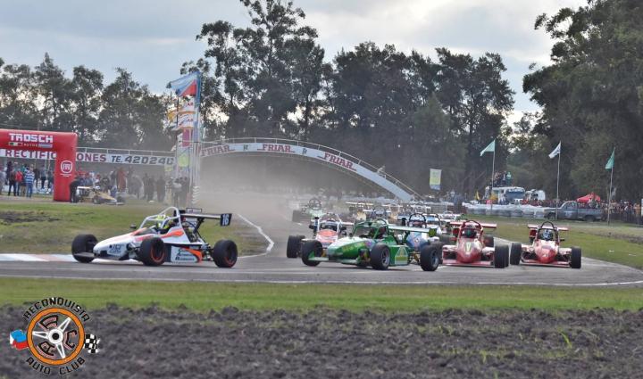 09062019 automovilismo Fórmula en carrera.jpeg