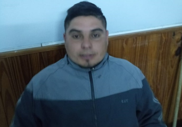 Miguel Angel Valenzuela, Mandi.