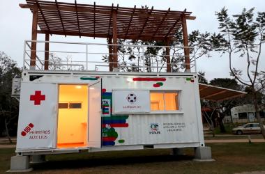 Sala de primeros auxilios y de guardavidas camping Romang