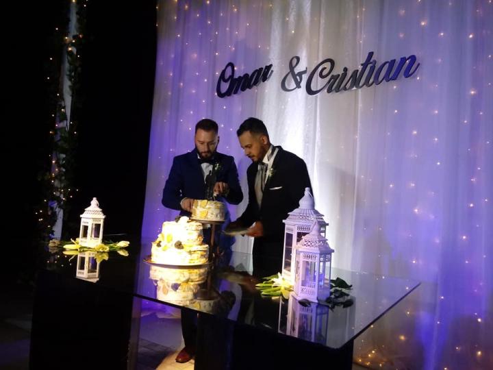 Cristian Medina y Omar Tulian en la fiesta de casamiento 08112019.jpg