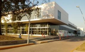 Debieron trasladar al hospital de Reconquista a un motociclista después de protagonizar un choque contra una camioneta.