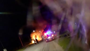 01052020 incendio auto en Avellaneda.jpeg