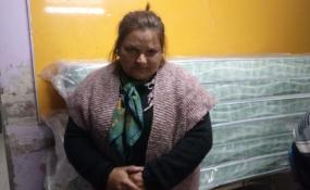 El drama de la extrema pobreza contado en primera persona. La madre de una de las familias que fueron desalojadas del asentamiento del terraplén dijo que no cree en las promesas de los políticos.