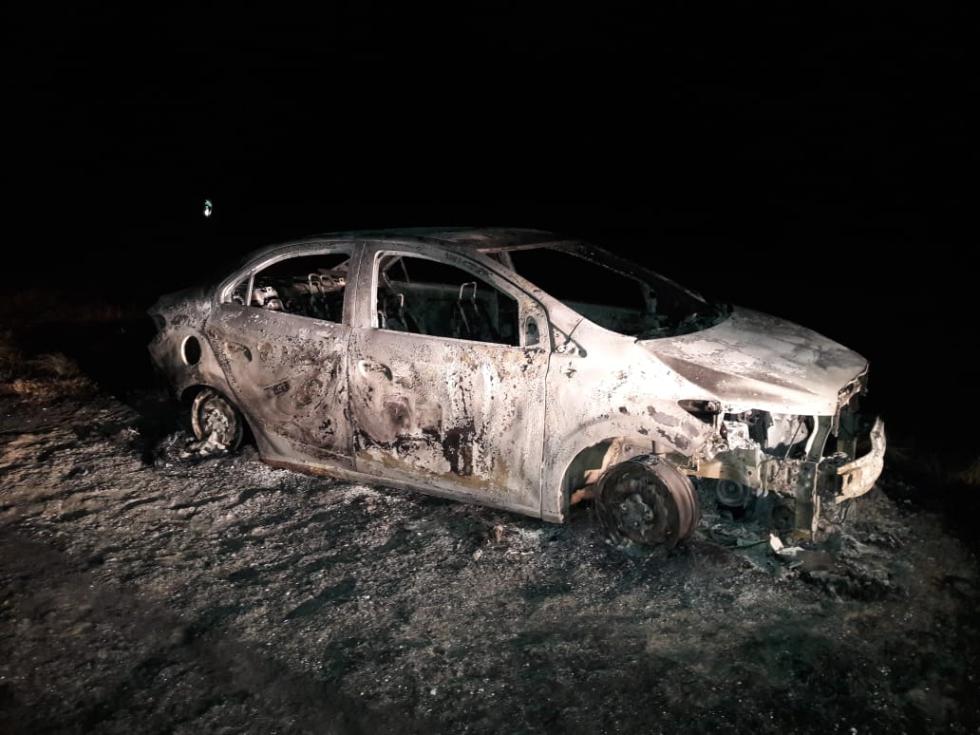 automoivl incendiado en Intiyaco 11 julio 2021