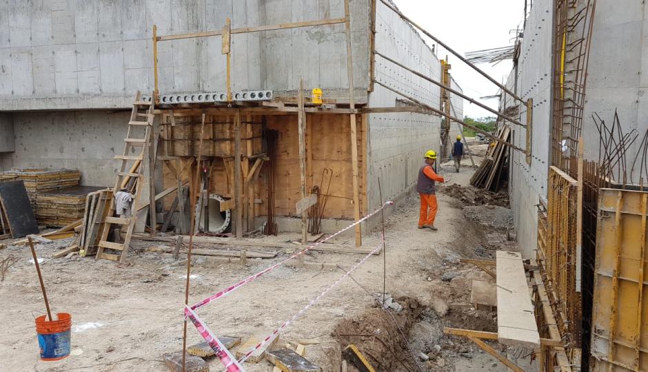 Fueron reincorporados los 40 trabajadores que habían sido suspendidos en la obra del Acueducto.