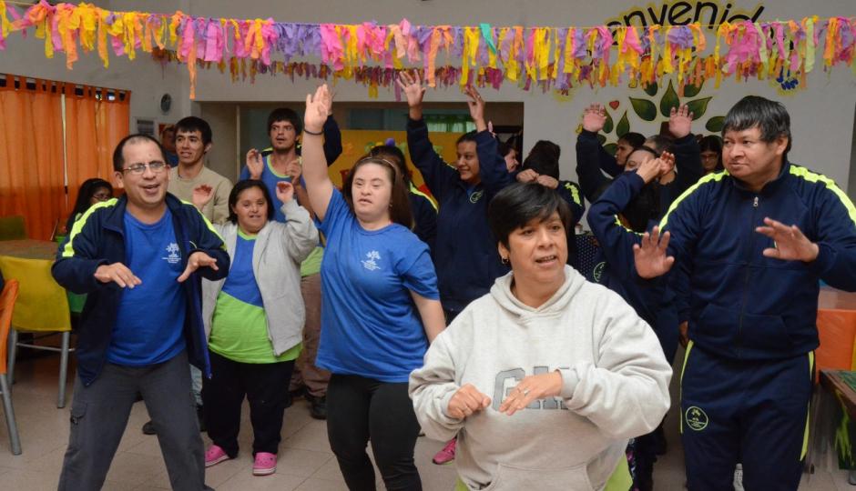 El Centro de Día Municipal Raíces celebra su 18º aniversario de servicio a la comunidad.