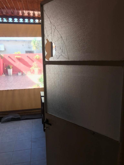 08112019 vandalismo casa de Flia Buyatti.jpg