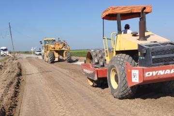 Obra de la nueva alcantarilla del Km 191 de la Ruta 1, distrito Colonia Teresa.