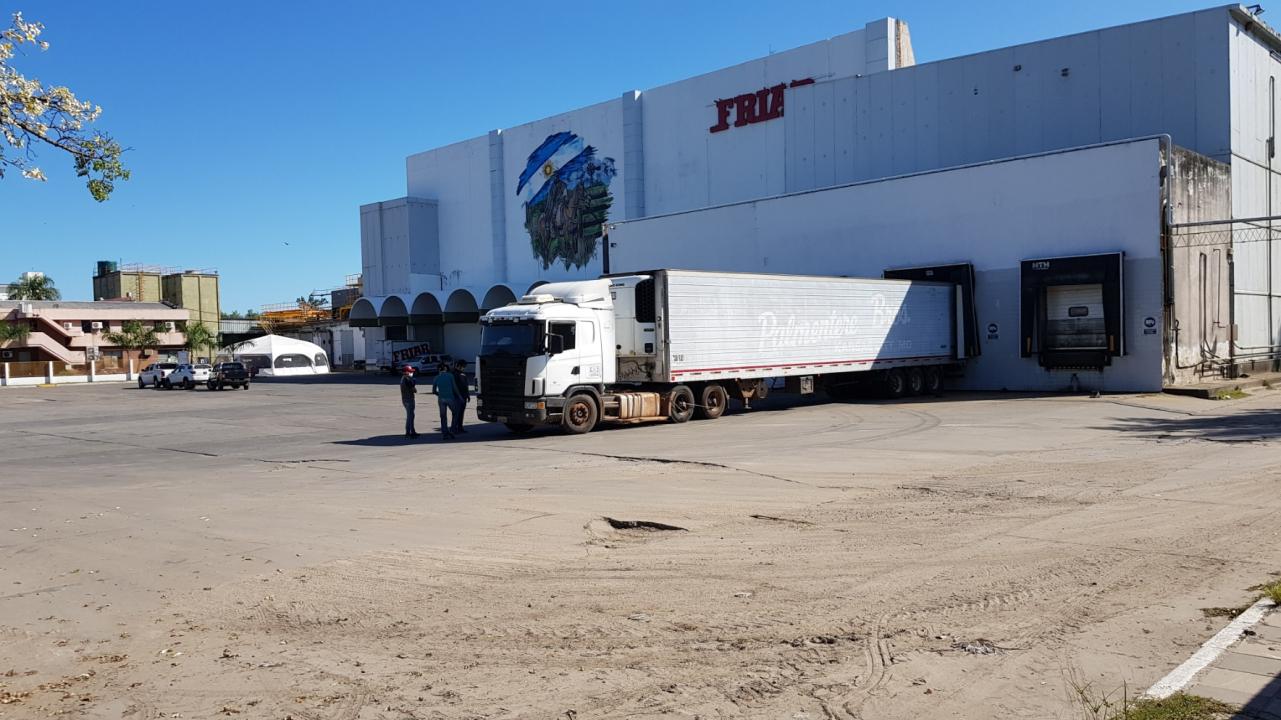 20200409_151426 gendarmeria camion friar.jpg