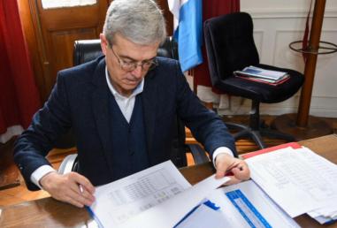 El ministro de Economía, Walter Agosto.
