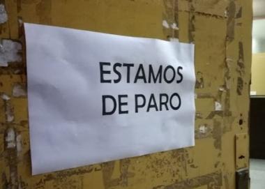 ESTAMOS DE PARO.jpg