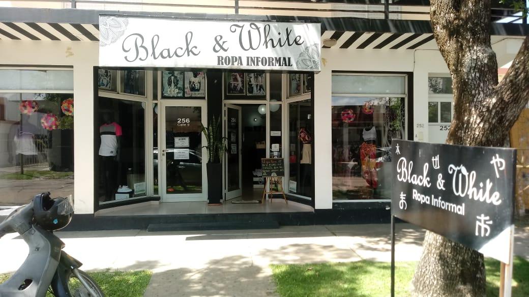 Tienda Black&White de la ciudad de Avellaneda