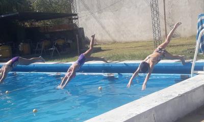 Intensa actividad de los nadadores del Reconquista Tenis Club, participaron de un torneo en San Justo y otro en Las Toscas  en ambos tuvieron destacada actuación.