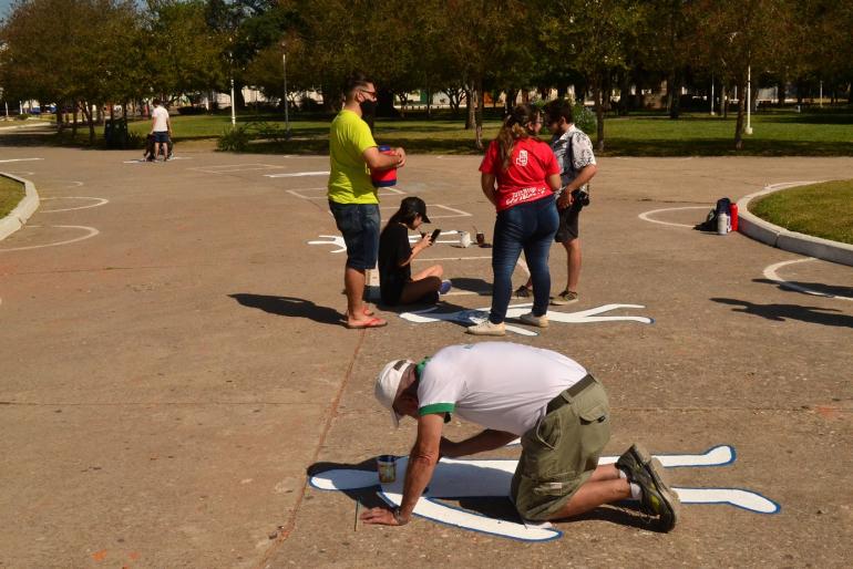 Norte Amplio por los Derechos Humanos pintadas en plaza 25 de mayo Marzo 2021 C.jpg